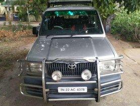 Toyota Qualis FS B3, 2004, Diesel MT for sale
