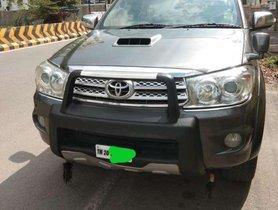 Toyota Fortuner 3.0 4x4 MT, 2010, Diesel for sale