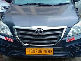 Used Toyota Innova 2.5 E MT car at low price