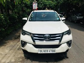 Used Toyota Fortuner 4x4 MT 2017 for sale