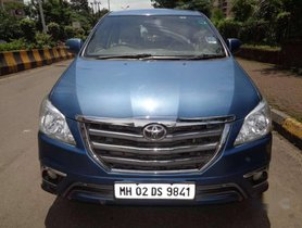 Used Toyota Innova 2.5 VX 7 STR AT car at low price