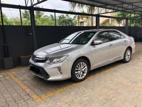 2016 Toyota Camry AT for sale at low price