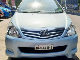 Toyota Innova 2010 MT for sale