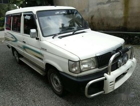 2003 Toyota Qualis MT for sale at low price