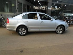 Skoda Laura 1.9 TDI AT Ambiente for sale
