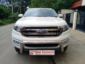 Used Ford Endeavour MT at low price