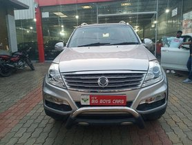 Used Mahindra Ssangyong Rexton AT for sale