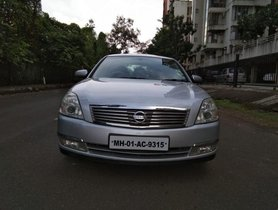 Used Nissan Teana AT car at low price