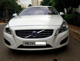Used Volvo S60 AT car at low price