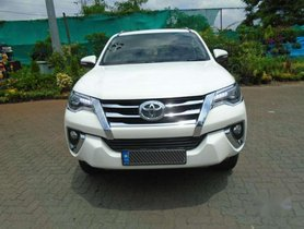 2017 Toyota Fortuner 4x2 AT for sale at low price