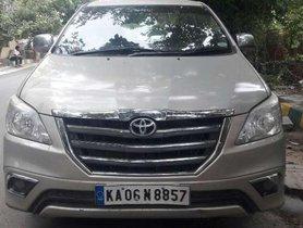 Toyota Innova 2015 MT for sale