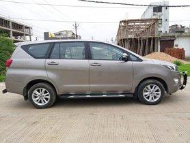 Toyota Innova Crysta 2017 MT for sale