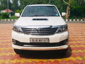 Used Toyota Fortuner 4x2 4 Speed AT car at low price