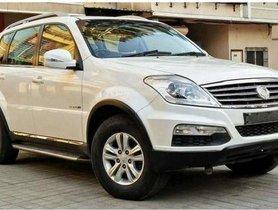 Used Mahindra Ssangyong Rexton RX7 AT car at low price