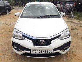 Used Toyota Etios Cross MT car at low price