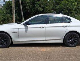 Used 2010 BMW 5 Series 520d Sedan AT for sale