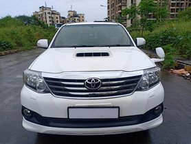 Used Toyota Fortuner AT car at low price