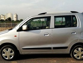 Used Maruti Suzuki Wagon R VXI AT car at low price
