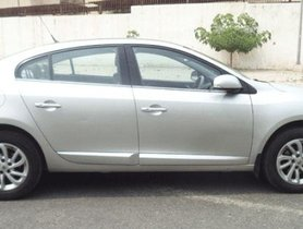Used Renault Fluence MT car at low price