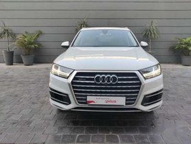 2015 Audi Q7 AT for sale at low price