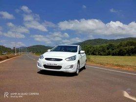 Hyundai Verna 2012 MT for sale