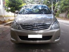 Toyota Innova 2009-2012 2.5 VX 7 STR MT for sale