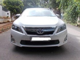 Toyota Camry 2.5 Hybrid AT 2014 for sale