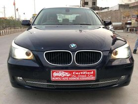 BMW 5 Series 520d Sedan 2009 MT for sale