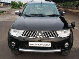 Used Mitsubishi Pajero Sport MT car at low price