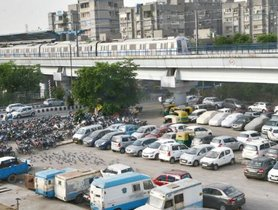 Parking at Metro Stations in Delhi: Rates, Fines, and Availability