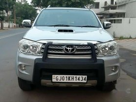 Toyota Fortuner 4x4 Manual Limited Edition, 2011, Diesel MT for sale
