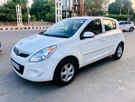 Used Hyundai i20 MT car at low price