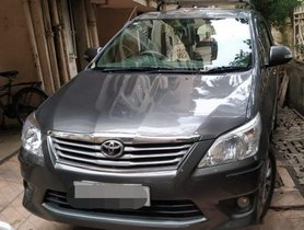 Toyota Innova 2004-2011 2.5 EV Diesel MS 7 Str BSIII MT for sale