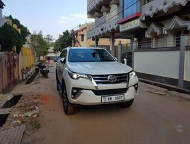 Used Toyota Fortuner AT for sale at low price