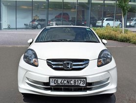Used Honda Amaze MT car at low price