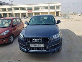 Used Audi Q7 MT car at low price