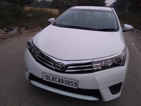 Used Toyota Corolla Altis MT car at low price in New Delhi