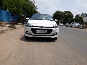 Used 2018 Hyundai Elite i20 1.2 Asta Dual Tone MT for sale in Ahmedabad