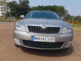 Used Skoda Laura Elegance 2.0 TDI CR MT car at low price in Nashik