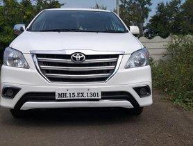 Used Toyota Innova MT car at low price in Nashik