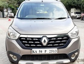 Used Renault Lodgy Stepway 110PS RXZ 8S 2015 MT for sale in Bangalore