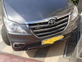 2014 Toyota Innova Diesel MT for sale in Faridabad