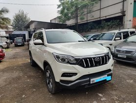 Used Mahindra Alturas G4 AT car at low price in Pune