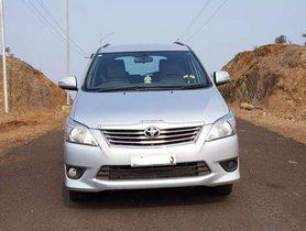 Toyota Innova 2013 MT for sale in Jalgaon