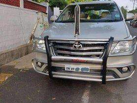 Toyota Innova 2.5 V 7 STR, 2013, Diesel MT for sale in Tiruppur