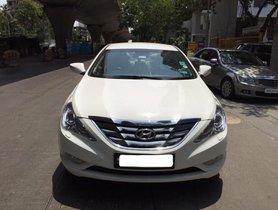 Used Hyundai Sonata Transform 2.4 GDi MT car at low price in Mumbai