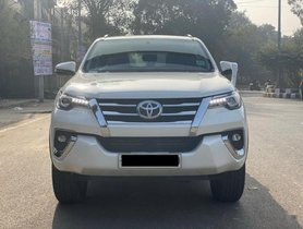 Toyota Fortuner 2.7 2WD AT in New Delhi