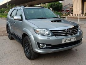Used 2015 Toyota Fortuner 4x2 Manual MT for sale in New Delhi