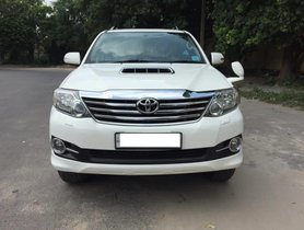 2015 Toyota Fortuner Diesel AT in New Delhi