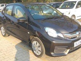 Used Honda Amaze S i-VTEC MT car at low price in New Delhi
